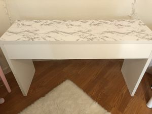 White marble desk for Sale in San Diego, CA