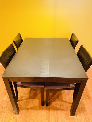 Dining Table with 4 chairs for Sale in Bowie, MD