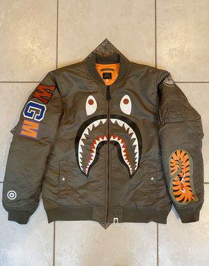 BAPE MA-1 GREEN BOMBER JACKET SZ(L) for Sale in Plano, TX