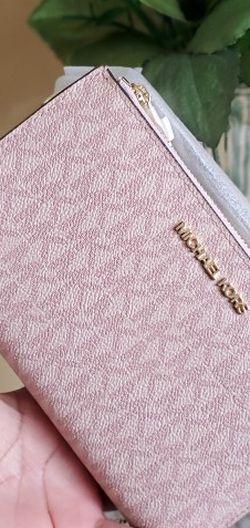 Michael kors wallet/wristlet for Sale in Temecula,  CA