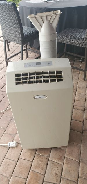 Portable air conditioner 8000 Btu for Sale in San Diego, CA