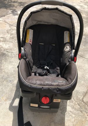 Graco Infant Car Seat for Sale in Lynwood, CA