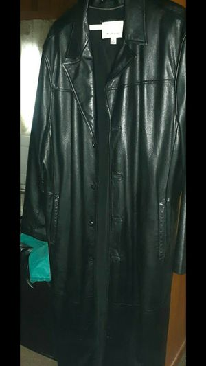 Wilson's Leather Long Leather Coat(Large) for Sale in Rosiclare, IL