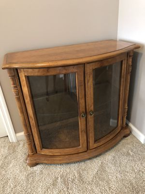 Excellent condition Solid wood cabinet $45 for Sale in St. Louis, MO