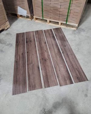 Luxury vinyl flooring!!! Only .65 cents a sq ft!! Liquidation close out! 7Q8U5 for Sale in Austin, TX