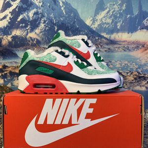 Air Max 90 SE (Youth size 5.5 / Women's 5) for Sale in Issaquah, WA