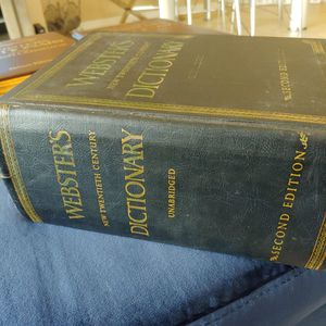 New Twentieth Century Dictionary Unabridged 2ND Edition 1958 for Sale in Delray Beach, FL