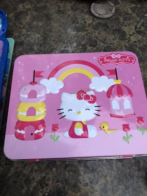 Little kitty and princess lunchbox for Sale in Durham, NC