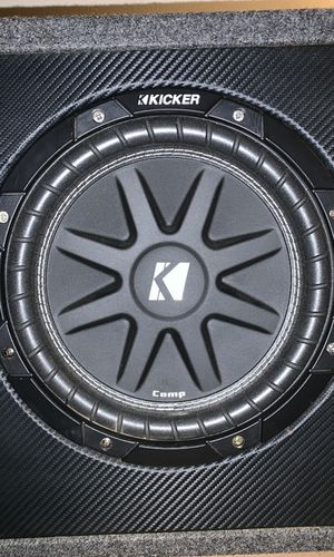 Kicker comp with kicker amp for Sale in UPPER ARLNGTN, OH