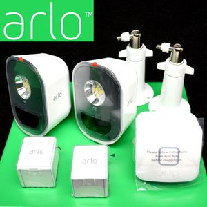 New - 2-Pack Arlo Smart Security Lights - Retails over $300 for Sale in Clovis, CA