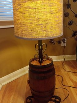 Beautiful Antique Lamp for Sale in Austin,  TX