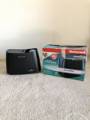 Honeywell Germ Free Cool Moisture Humidifier for Sale in Jersey City, NJ