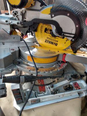 DeWalt sliding miter saw for Sale in Modesto, CA