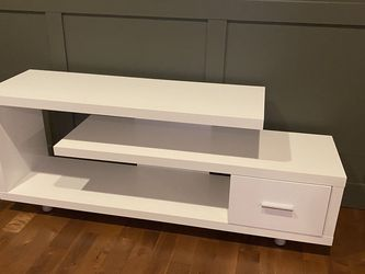 Modern TV Stand for Sale in Auburn,  WA