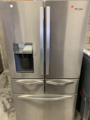 Whirlpool 25.8 cu ft 5 door Refrigerator stainless steel with dispenser for Sale in Hialeah, FL