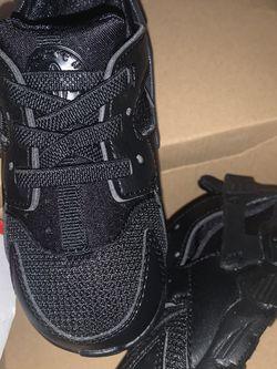 Nike Hurache 7c for Sale in Fresno,  CA