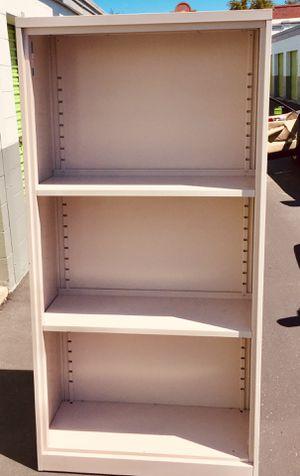 Metal 6 foot shelves cabinet for Sale in Moapa, NV