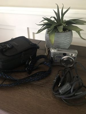 Sony Cyber Shot camera for Sale in Selden, NY