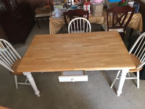 Kitchen table $75 for Sale in Hickory Creek, TX