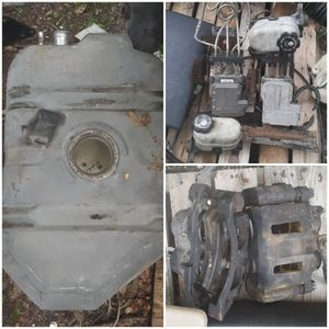 Anybody need Chevy Parts? for Sale in NEW PRT RCHY, FL