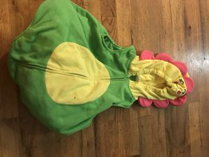 24 months flower costume for Sale in Puyallup, WA