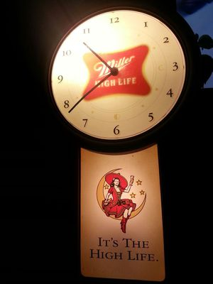 CLOCK MILLER BREWING HIGH LIFE BEER GIRL ON MOON STARS ELECTRIC LIGHT-UP WALL CLOCK FOR BAR GAME ENTERTAINMENT MUSIC MAN CAVE PARTY VINTAGE for Sale in Bridgeport, CT