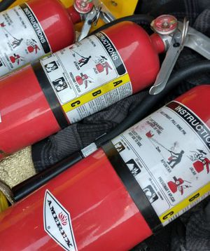 Fire Extinguisher🔥 (BRAND NEW) for Sale in Colton, CA