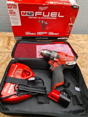 Milwaukee M12 FUEL 12-Volt Lithium-Ion Brushless Cordless 1/2 in. Hammer Drill Kit with 1.5 Ah Battery and Bag for Sale in Snohomish, WA