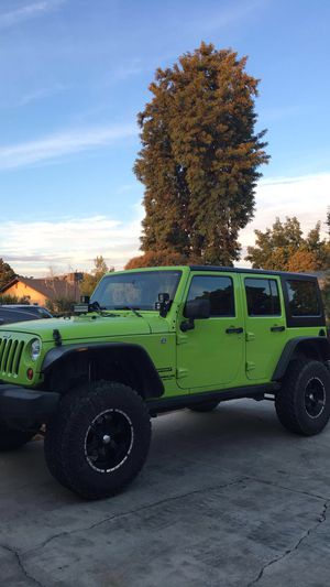 Jeep Wrangler unlimited for Sale in Porterville, CA