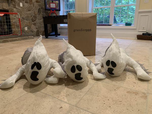 Halloween Grandinroad Window Crasher Ghosts - Set of 3