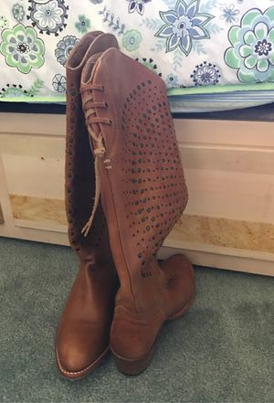Frye Boots New Size 8.5 for Sale in San Fernando, CA