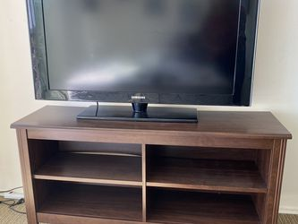 "TV Samsung 40 "" Working Perfect for Sale in San Diego,  CA"