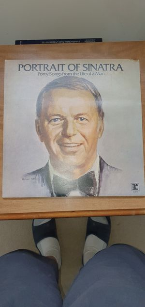 Frank Sinatra vinyls for Sale in Eastpointe, MI