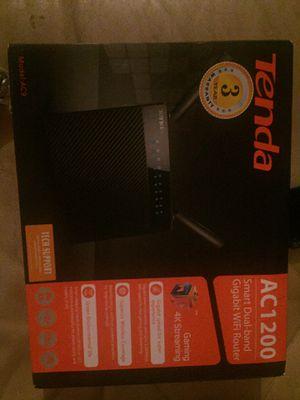 Tenda AC1200 gaming router for Sale in Santa Rosa, CA