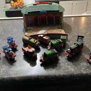 Diecast Thomas's the Train and Friends with Travel Station for Sale in Burnsville, MN