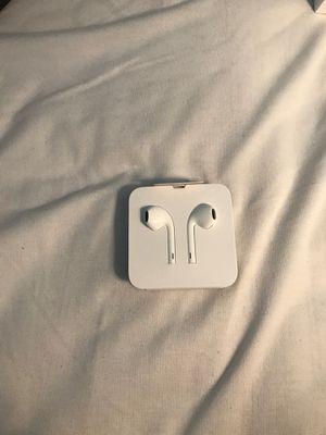 Apple headphones brand new for Sale in Rochester Hills, MI
