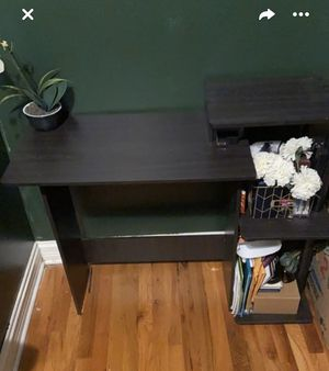 Desk for Sale in Chicago, IL