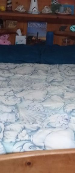 Full Size Bed With Drawers And Extra Storage for Sale in Marysville,  WA