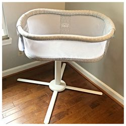 Baby Halo Bassinet for Sale in Bowie,  MD