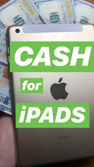 iPad pro 12.9 1st gen for Sale in Denver, CO