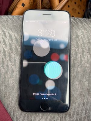 iPhone 7 256gb very good condition for Sale in Philadelphia, PA