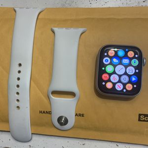 Series 4 Apple Watch 44mm for Sale in Ewa Beach, HI
