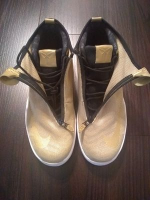 Kobe Bryant Nike Zoom Icon Jacquard Gold Shoes Sneakers 11.5 for Sale in Los Angeles, CA
