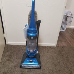 Vacuum for Sale in Reedley,  CA