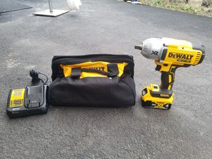 Dewalt wrench inpact dcf899 4ah battery for Sale in Revere, MA
