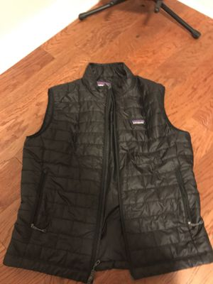 Men's large patagonia vest for Sale in Walled Lake, MI