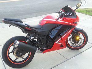 2011 Ninja 250 like new, 13k miles for Sale in Corona, CA