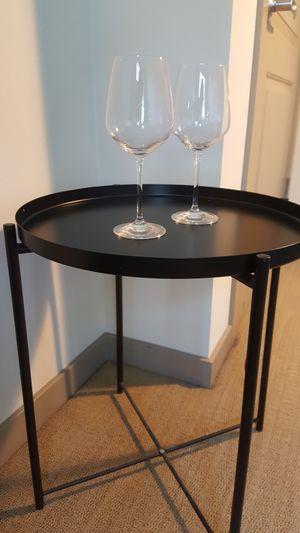 The elegant side table for Sale in Walnut Creek, CA