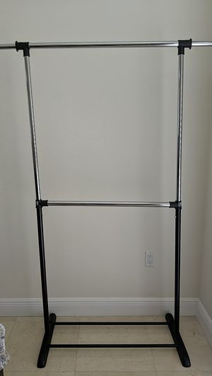 Standing closet with 2 Rows. for Sale in Miami, FL