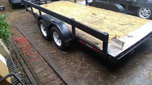 16 ft flatbed car hauler for Sale in Portland, OR